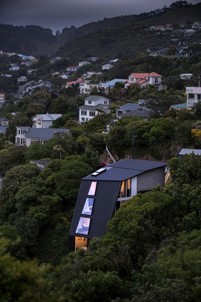 The 45 Degree House, Wellington by bbc architects. Featured on the television show <em>Grand Designs</em> in 2015.