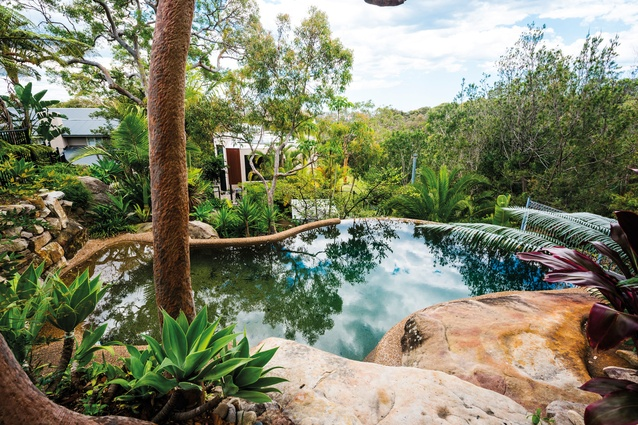 The home features one of the first infinity pools in Australia.