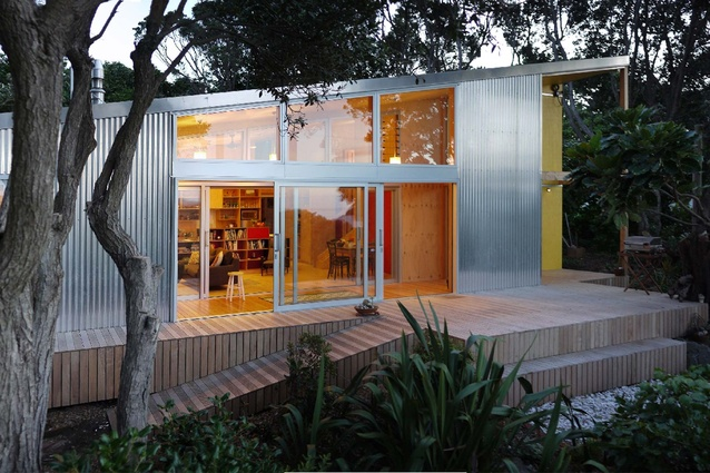 Lloyd House (Paekakariki) by atelierworkshop Ltd.