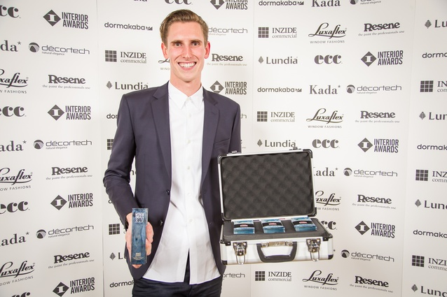 2017 Student Award winner: Elliott Morgan (University of Auckland), with his trophy and suitcase of $1,000 cash.
