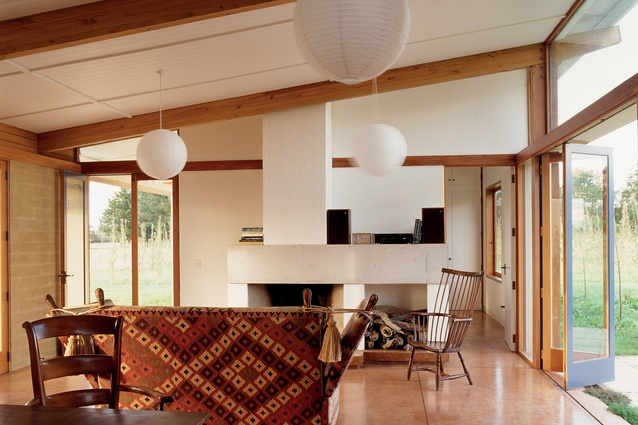 Te Horo House, Wellington. Built in 1993, the house is constructed from earth bricks.