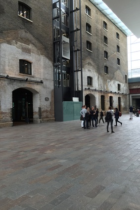 Group shot on the Central St Martins guided tour.