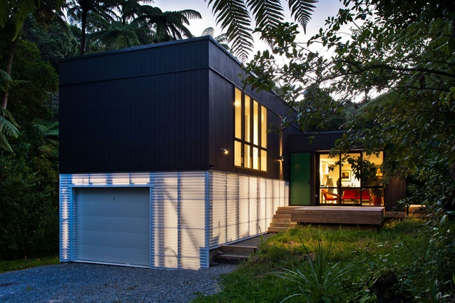 Small House Encapsulates Big Thinking Architecture Now
