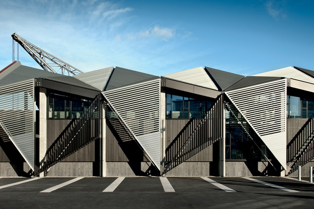 Te Wharewaka o Poneke (2001/2009) – waka house and function centre, Wellington waterfront, designed by architecture +.