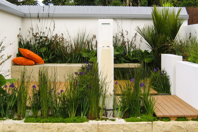 'The Raingarden' at the 2007 Ellerslie Intl Flower Show was Carafice's first show garden and won a gold medal. The design intent was to demonstrate how rainwater can be utilised to become a feature in a garden.